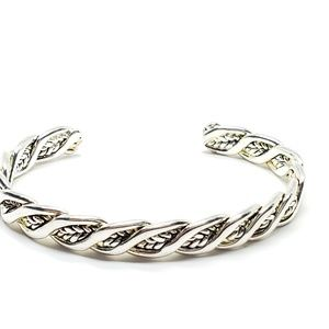 Jewelry - Silver Tone Twisted Cuff Bracelet